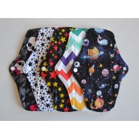 Set of 5 Bamboo Regular Flow Cloth Pads - Stars & Stripes