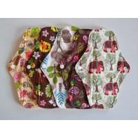 Set of 5 Bamboo Regular Flow Cloth Pads - Wild Designs
